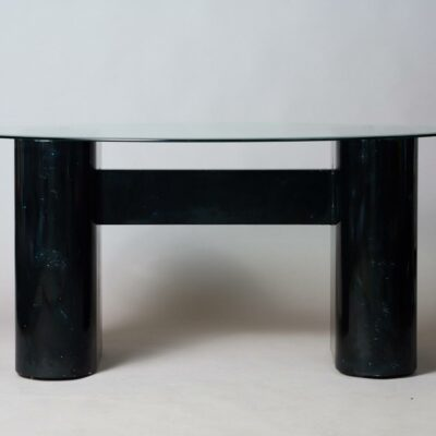 desk-memphis-style-postmodern