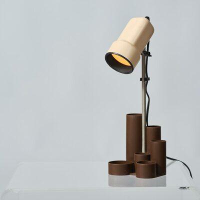 desklamp-seventies-stationery