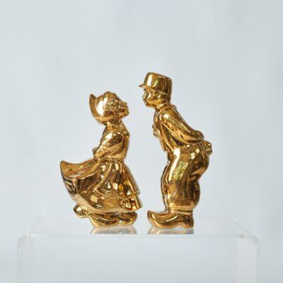 holland-ceramic-couple-art