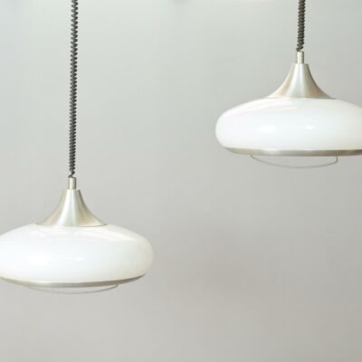 space-age-hanging-lamps-set
