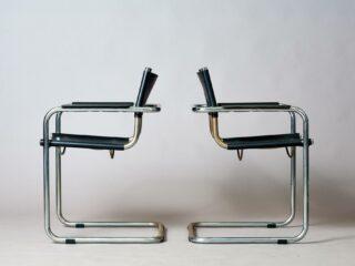 2 Bauhaus-style Chairs