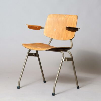vintage-chairs-Car-Katwijk