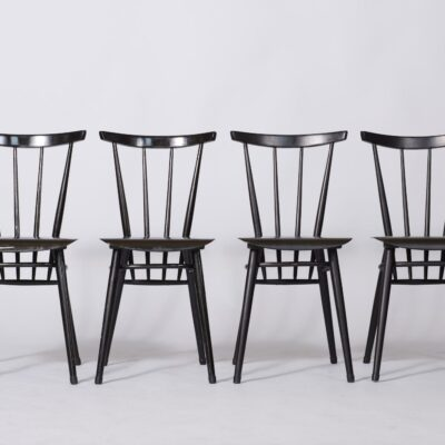 set-of-five-black-dining-chairs-minimalistic