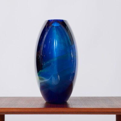vintage-sixties-lens-vase