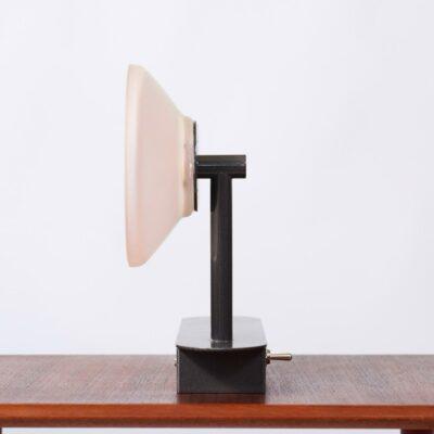 wall-lamp-eighties-pink
