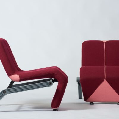 set-of-two-lounge-chairs-artifort