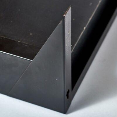 black-metal-wall-console-visser-'t-spectrum