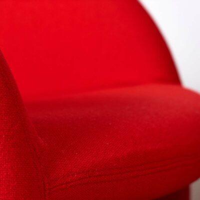 Ben_chairs-Artifort-Paulin-red