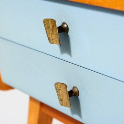 baby-blue-bedside-table-sixties