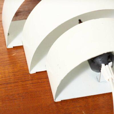dutch-anvia-wall-lamp-white