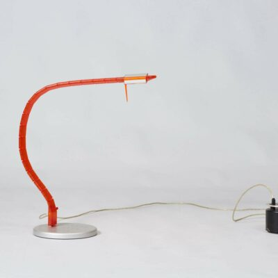 grau-table-lamp-postmodern-design