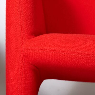 set_of_two-Ben-Chairs-Pierre-Paulin