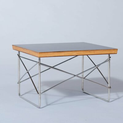 in-style-of-eames-side-table