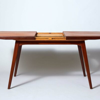 louis-van-teefelen-milan-dining-table