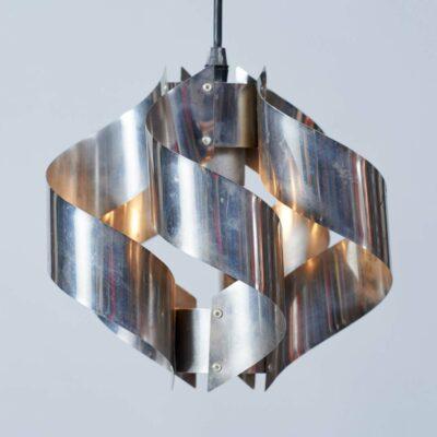 metal-space-age-hanging-lamp