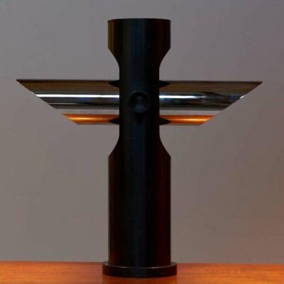 postmodern-table-lamp-black