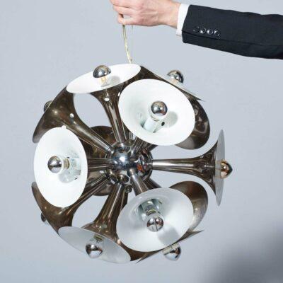vintage-present-time-pendant-lamp