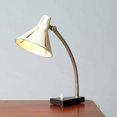 hala-zonneserie-table-lamp