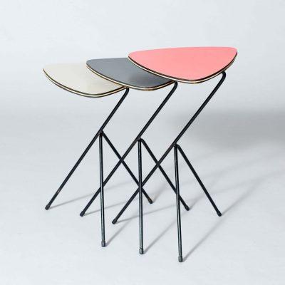 set-of-nesting-tables-1950-dutch
