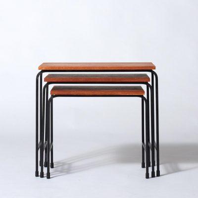 set-of-vintage-nesting-tables