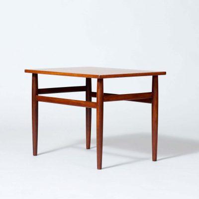 sixties-side-table-teak