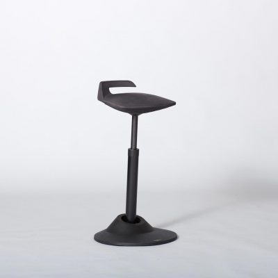 aeris-muvman-black-stool