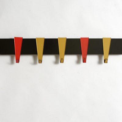 coen-de-vries-coat-hanger-modernist