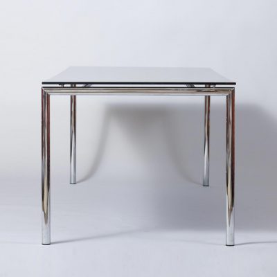 postmodern-dining-table-black-tempered-glass