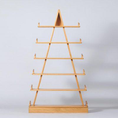 wall-unit-wood-pyramid