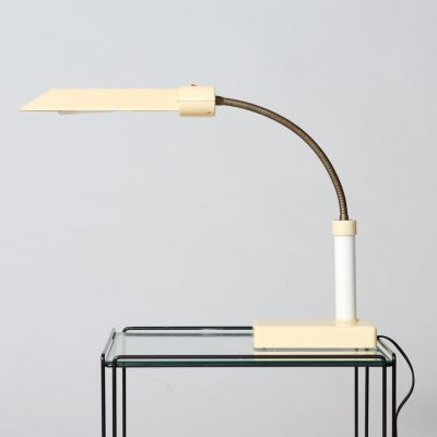 Postmodern-table-lamp-1970