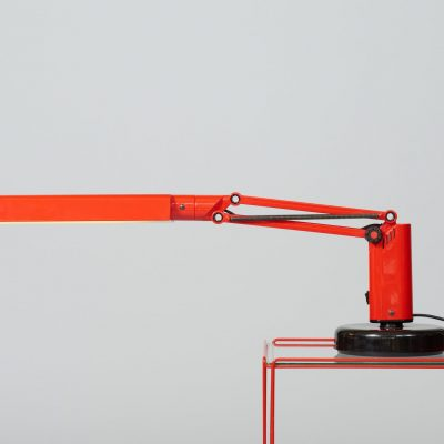 Fagerhults-lucifer-Desk-lamp-red