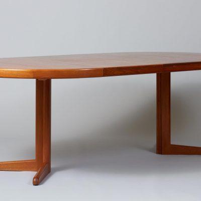 Rosengaarden-Teak-Dining-table-teak