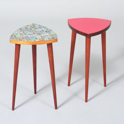 set-of-two-nesting-tables-side-tables-1960